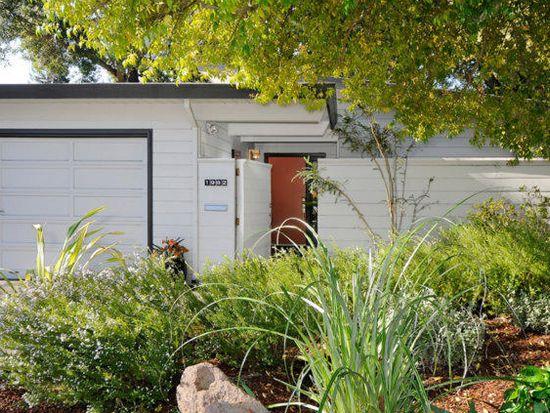 1982 Louis Rd, Palo Alto, CA 94303