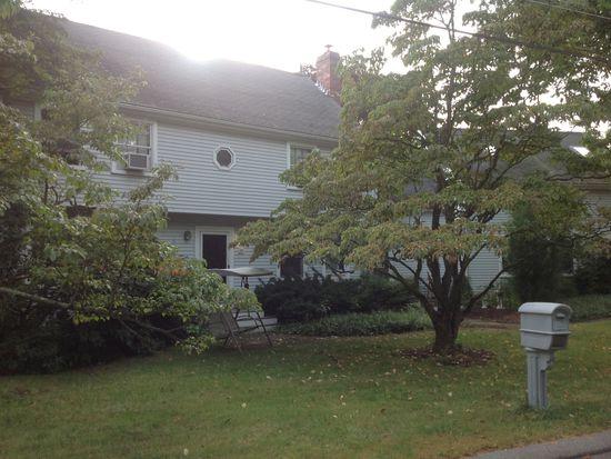 19 Mohawk Rd, Burlington, MA 01803