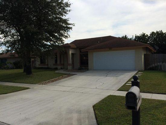 117 Finch Ct, Royal Palm Beach, FL 33411
