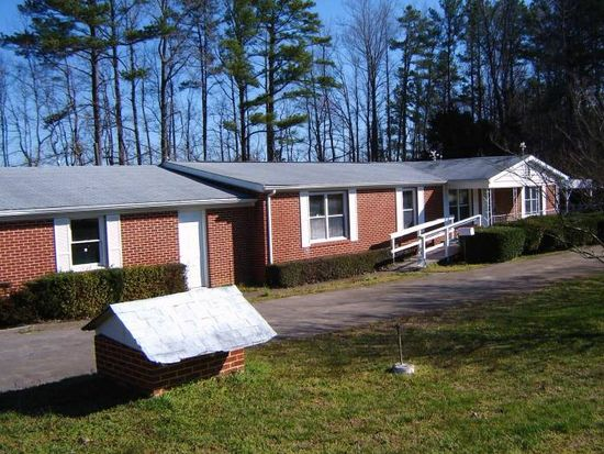 2990 Stagecoach Rd, Henderson, NC 27537
