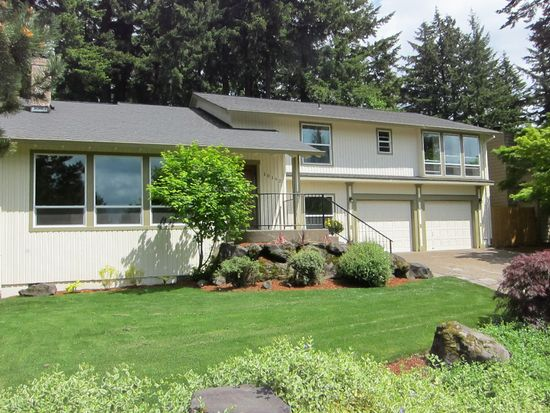 10192 SE 99th Dr, Happy Valley, OR 97086