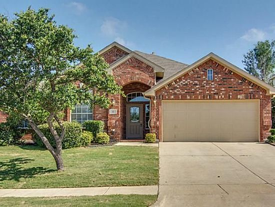 22 Mary Lou Ct, Mansfield, TX 76063