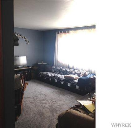 320 Fonda Dr, Cheektowaga, NY 14225