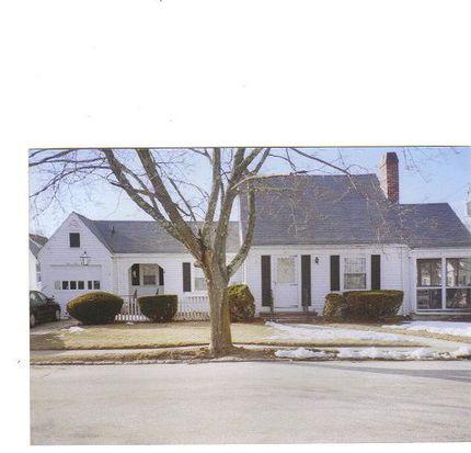 141 Spring St, Cranston, RI 02910