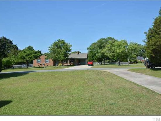 301 Colchester Dr, Knightdale, NC 27545