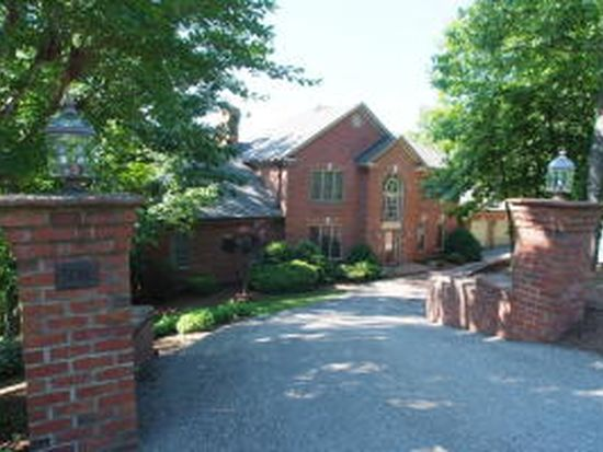 5016 Fox Ridge Rd, Roanoke, VA 24018