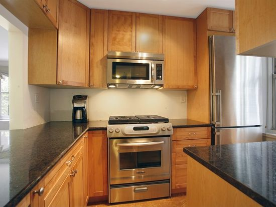 309 E 87th St APT 4R, New York, NY 10128