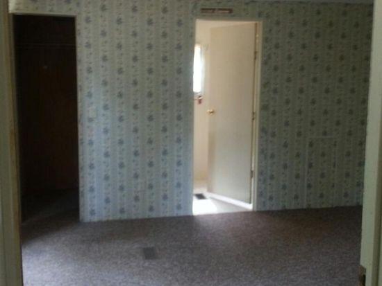 679 Jamestown Rd, Rocky Mount, VA 24151