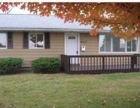4217 Council St NE, Cedar Rapids, IA 52402