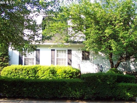 105 Washington Pl, Ridgewood, NJ 07450