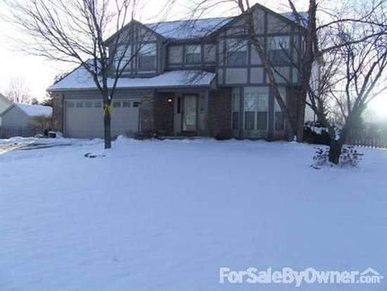 9829 Meadow Wood Dr, Pickerington, OH 43147