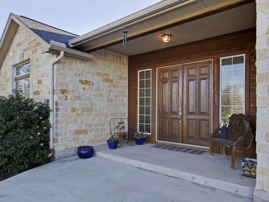 402 Annies Ln, La Vernia, TX 78121