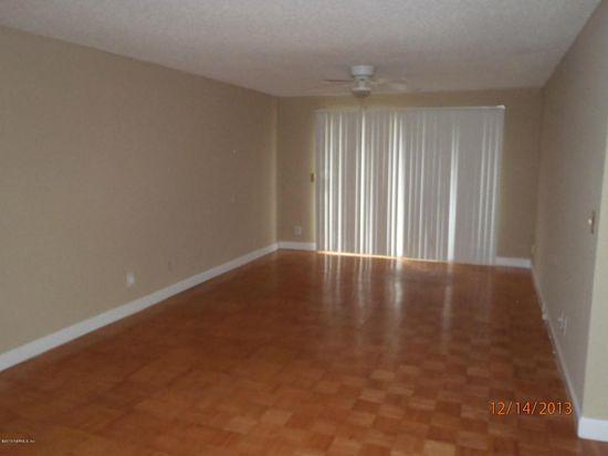 1713 El Camino Rd APT 8, Jacksonville, FL 32216