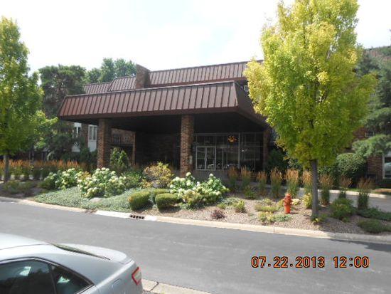 1041 W Ogden Ave APT 131, Naperville, IL 60563