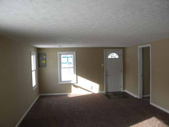 5545 Olive Ave, N Ridgeville, OH 44039