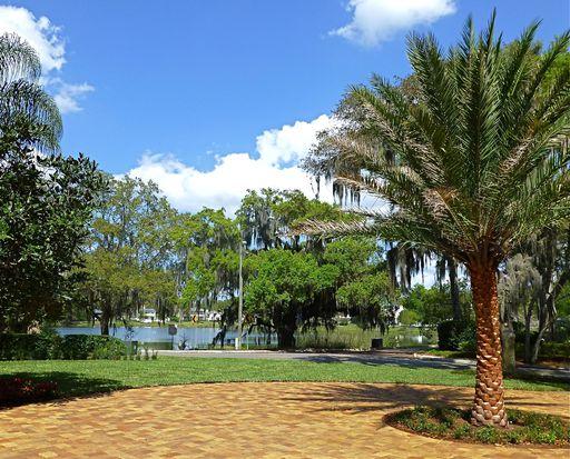 1231 Temple Dr, Winter Park, FL 32789