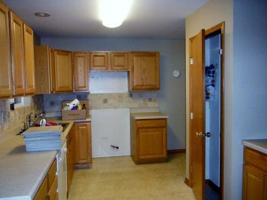 777 Cottage Ct, Morris, IL 60450