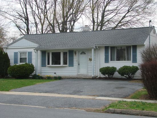 50 Sussex Rd, Camp Hill, PA 17011