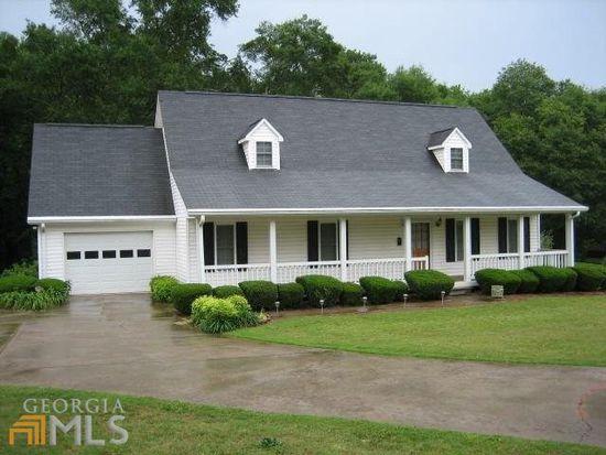 201 Adams Place Dr, Royston, GA 30662