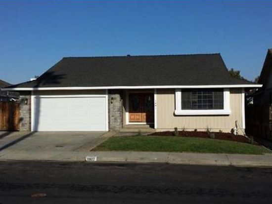 1907 Dolphin Pl, Discovery Bay, CA 94505
