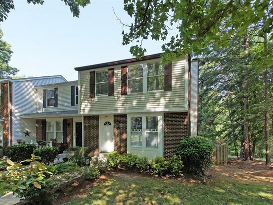 106 Taylors Pond Dr, Cary, NC 27513