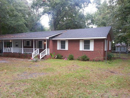 581 Charles St, Grifton, NC 28530