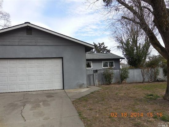 572 Trinity Ct, Dixon, CA 95620
