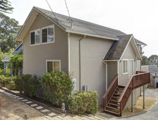 848 Buena Vista St, Moss Beach, CA 94038