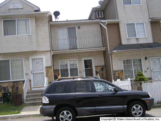 419 Skyline Dr, Staten Island, NY 10304