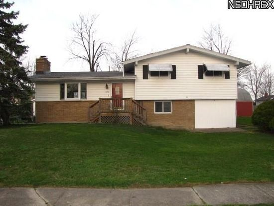 1076 E 347th St, Eastlake, OH 44095