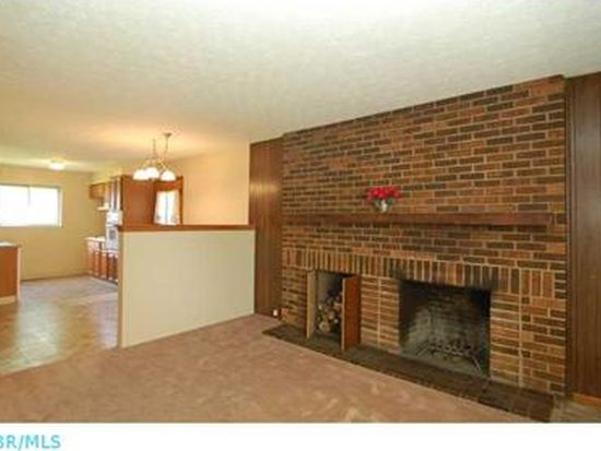 3112 Barbee Ave, Grove City, OH 43123