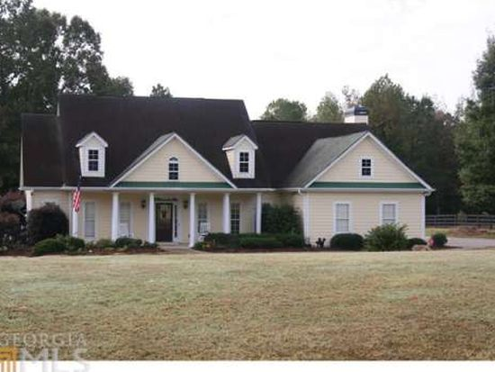 115 Green Meadow Ln, Fayetteville, GA 30215