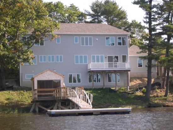 163 Spur Rd, Dover, NH 03820