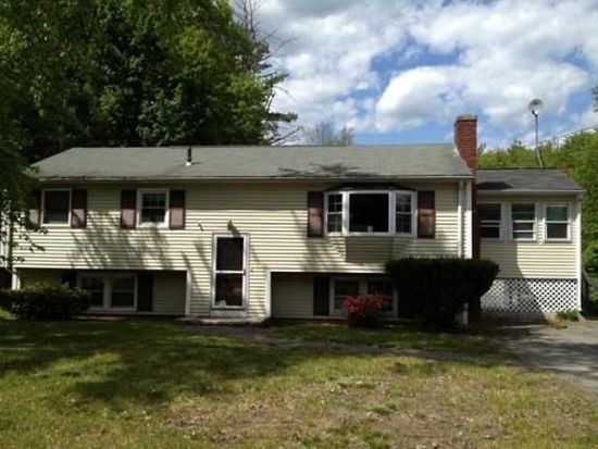 35 Parkwood Dr, Pepperell, MA 01463