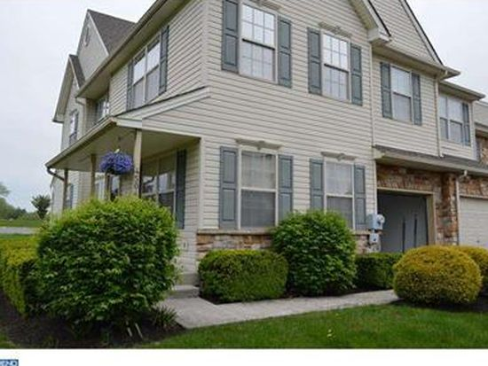 4504 Waterford Way, Royersford, PA 19468