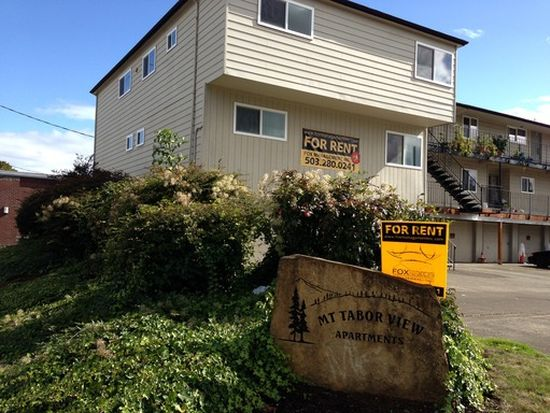 22 SE 80th Ave APT 1, Portland, OR 97215