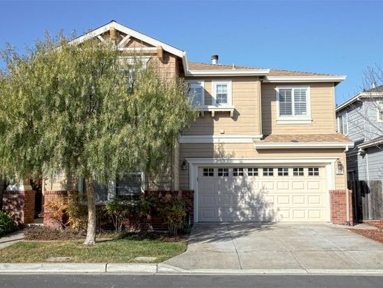 313 Treedust St, Redwood City, CA 94065