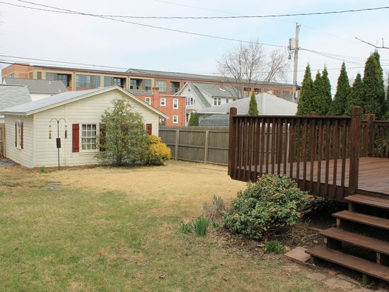933 Columbia Ave, Lansdale, PA 19446
