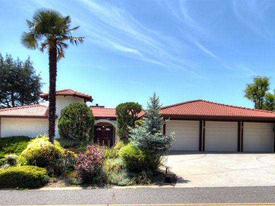 15990 Oakridge Rd, Morgan Hill, CA 95037