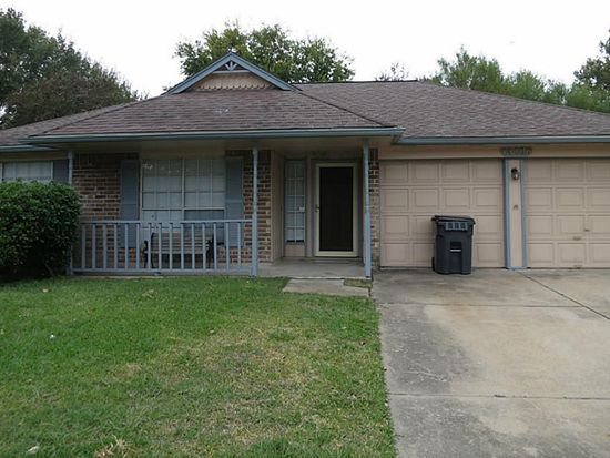 13106 Huntleigh Way, Sugar Land, TX 77478