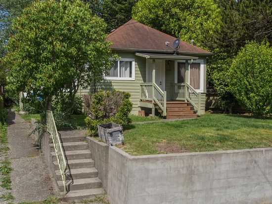 8521 14th Ave NW, Seattle, WA 98117