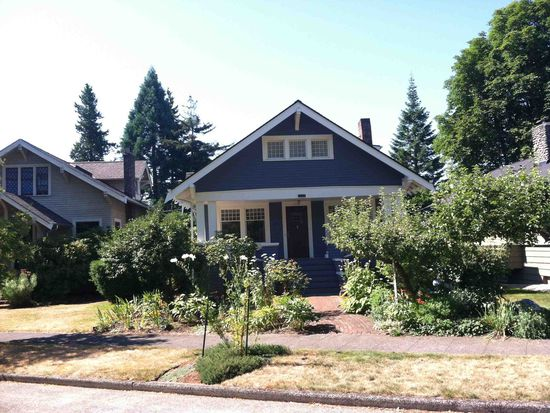 1737 NE Naomi Pl, Seattle, WA 98115