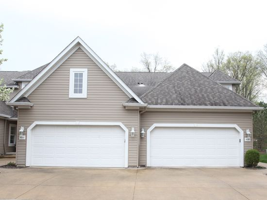 30249 Center Ridge Rd, Westlake, OH 44145