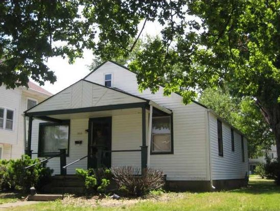 313 E College St, Crawfordsville, IN 47933