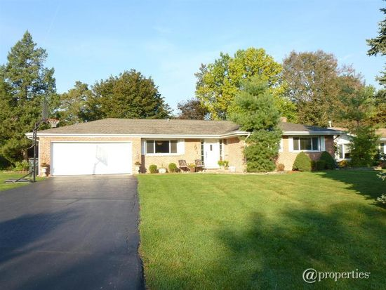 296 Sharon Dr, Barrington, IL 60010