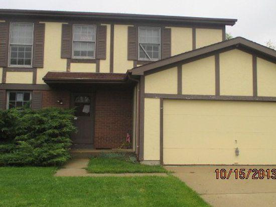 319 Brookwood Trl, Mchenry, IL 60050