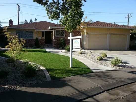 315 Pickwood Ln, Stockton, CA 95207