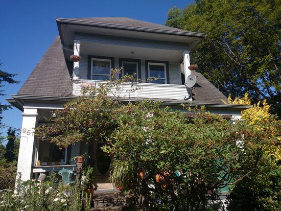 951 29th Ave, Seattle, WA 98122