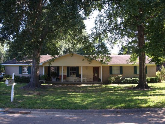 1501 Beverly Dr, Clinton, MS 39056