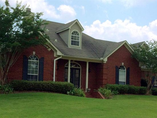 306 Meadowview Ln, Brandon, MS 39047